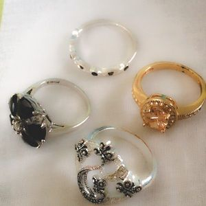 Jewelry - 4 pretty Coctail rings a must have 4 ring lovers!